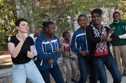 NPH Haiti Arisa cancion voce